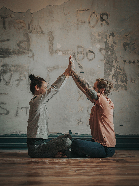 Bradley James Yoga - Kundalini Yoga - Meditation Course Free